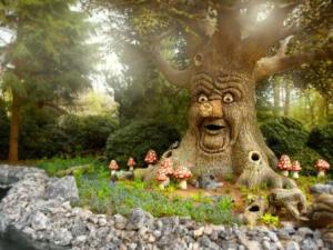 Efteling, el parque de la fantasía - rbol-de-los-cuentos-300x225