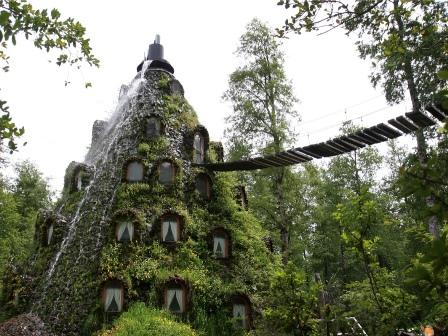 Huilo Huilo: Hotel Montaña Mágica