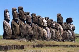 El cuerpo de los moai - moai-of-easter-island-chile-1600x1047-300x198