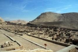 Deir el-Medina: la ciudad de los artesanos - deir-el-medina-en-valle-de-los-artesanos-300x200