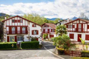 Ainhoa, encantador pueblo vascofrancés - 801448-300x200