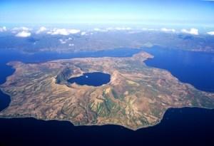Una isla dentro de una isla dentro de otra isla - PanoraI_mica_volcan_Taal-300x205