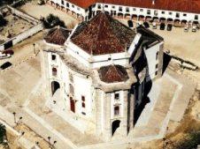 Óbidos (Portugal) - Senhor-do-pedra-300x224