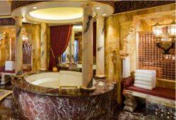 Hoteles donde darse un baño de lujo - Burj-Al-Arab-Jumeirah-300x205