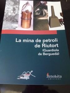 """Mina de Petróleo de Riutort - Portada del libro """"La mina de petroli de Riutort"""""""
