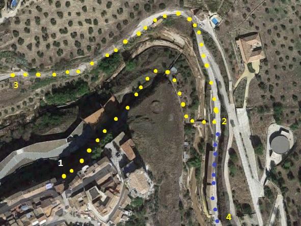 Setenil de las Bodegas - Recorrido saliendo desde el Hotel hacia la calle Calcetas.