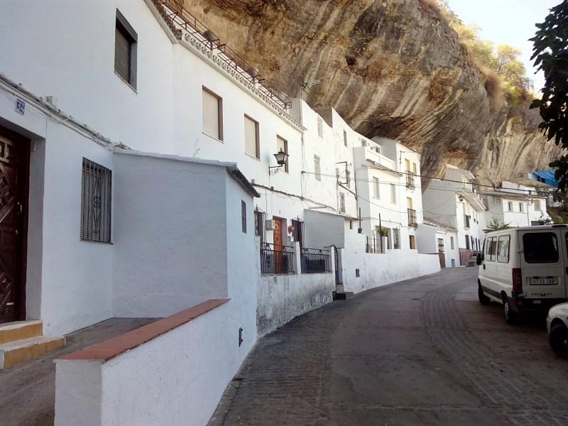 Setenil de las Bodegas - Casas en la roca. Calle Jabonerías.