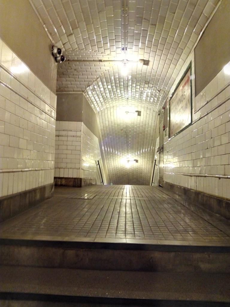 Estación Fantasma de Chamberí - Distribuidor de acceso