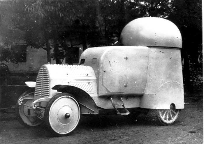 Museo de Carros de Combate - Vehículo blindado Austro-Daimler (5)