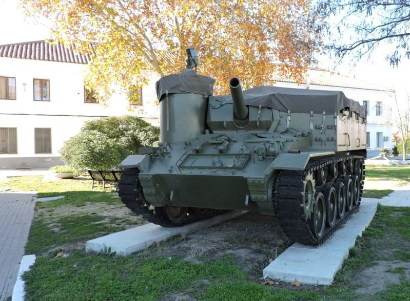 Museo de Carros de Combate - Obús M-37