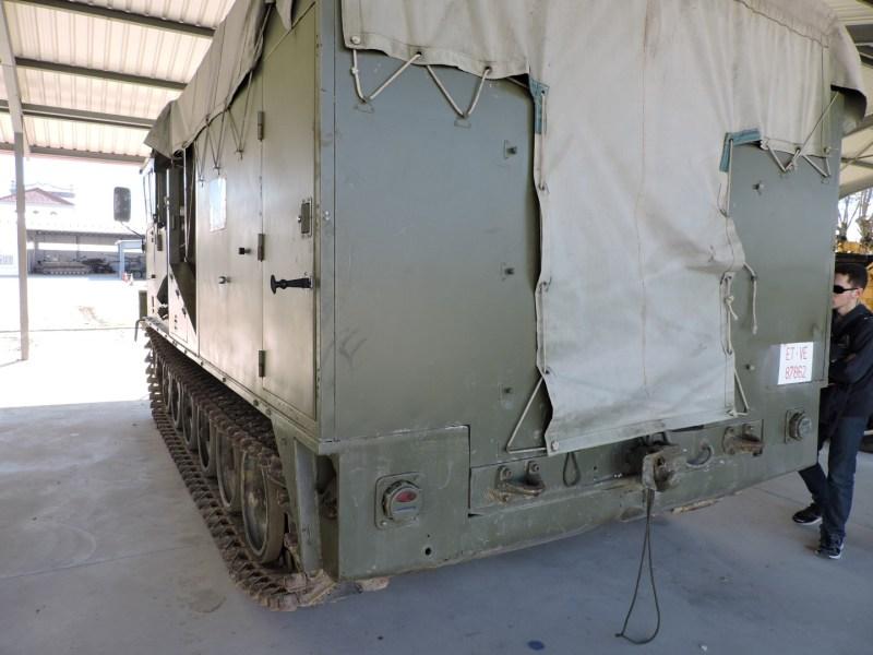 Museo de Carros de Combate - De la caja se desplegaba la maquinaría de siembra de minas
