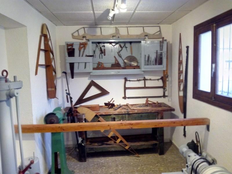 Museo de la Aviación - Taller de fabricación de perfiles