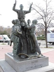 Fleming - Escultura en homenaje a Antonio Bienvenida