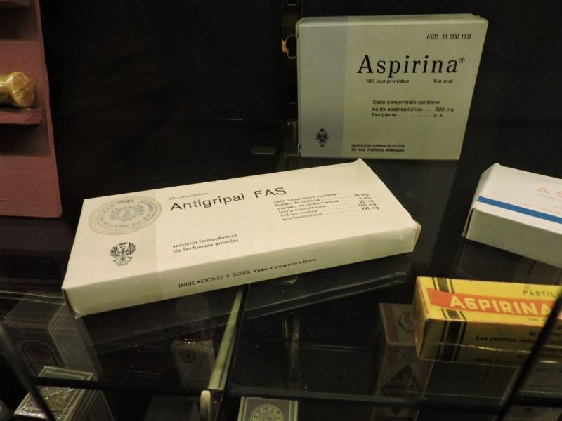 Museo Farmacia Militar - ¿Quién no conoce o se ha curado con aspirinas y antigripales militares?
