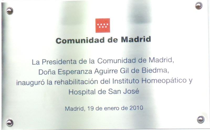 Museo de la Homeopatía - Placa conmemorativa de la inauguración de la restauración del hospital.