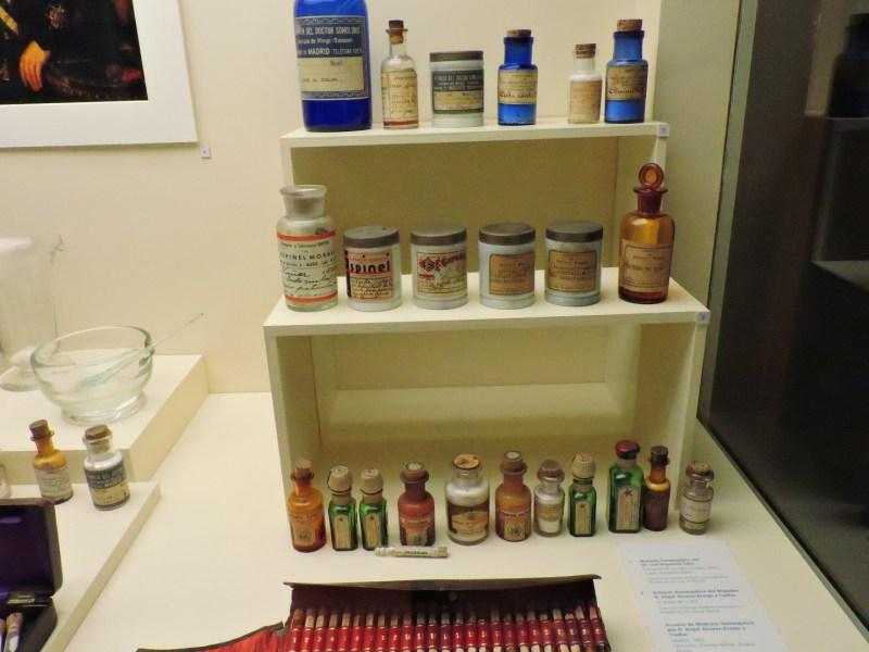 Museo de la Homeopatía - Preparados farmacéuticos homeopáticos.
