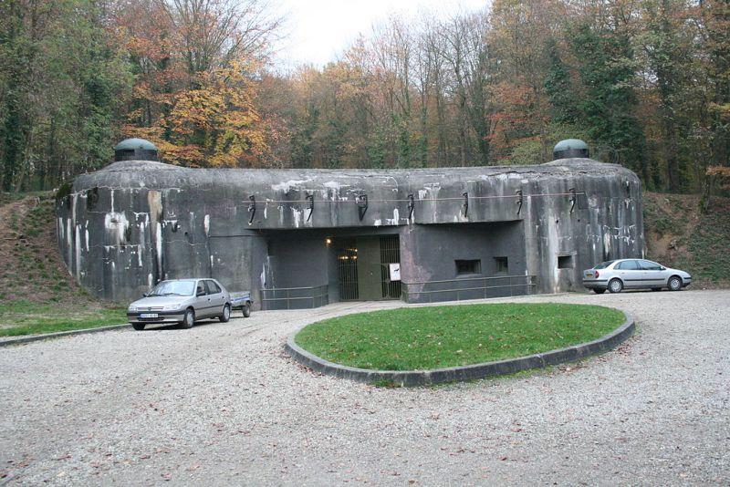 Blockhaus13 - Entrada al Fuerte de Schoenenbourg, perteneciente a la Línea Maginot (3).