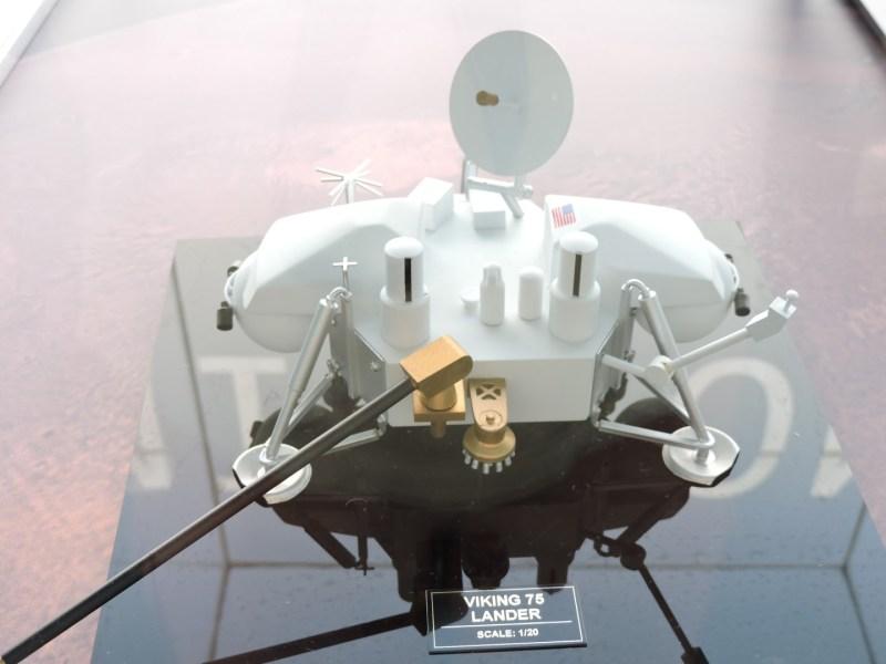 Deep Space Network - Red del Espacio Profundo - Madrid - Viking Lander. Segunda sonda en llegar a Marte (la primera fue la rusa Mars 3).