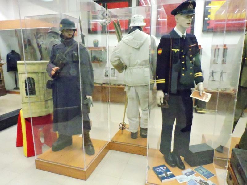 Museo División Azul - Sala de uniformes.