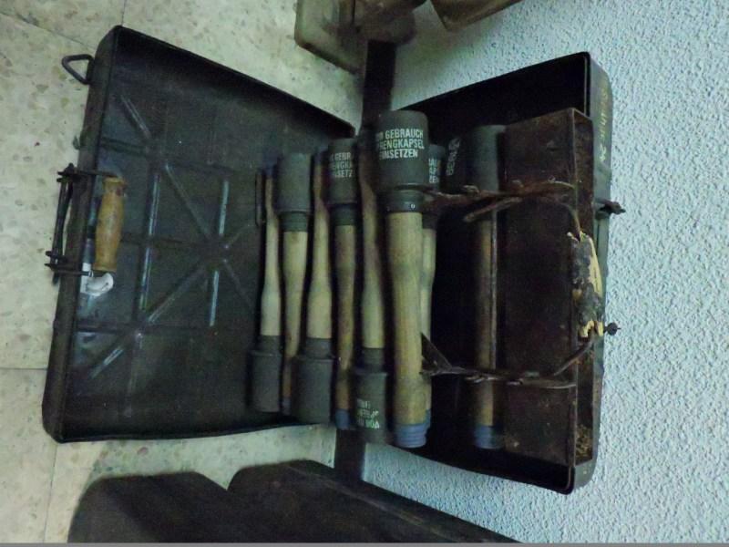 Museo División Azul - Caja de granadas de mano M24.