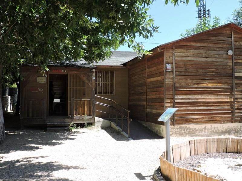 Museo Lunar - El edificio es una cabaña de madera.
