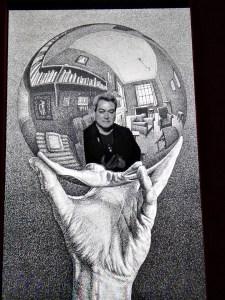 Escher en Madrid - Decorados para hacer fotos.