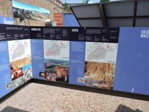 La Montaña de Sal - Las explicaciones son muy completas y detallan todos los aspectos geológicos de la zona.