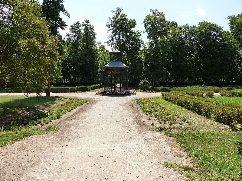 Jardín Botánico Madrid - Jardines de Aranjuez. Los ríos Jarama y Tajo hacen de Aranjuez un lugar idóneo para el cultivo de plantas (3).