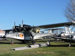 """Museo del Aire - Consolidated PBY-5 """"Catalina"""". El hidroavión más famoso de todos los tiempos. Participó extensamente en la IIGM. España operó uno americano, que aterrizó por error en el Sahara en 1942."""