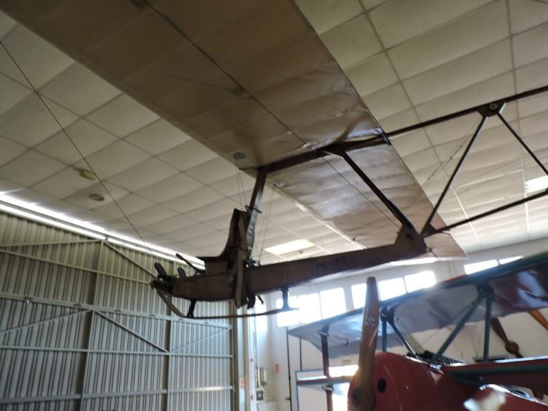 Museo del Aire - Schulgleiter SG-38. Planeador de enseñanza, fabricado en Alemania en los años 30. Se lanzaba mediante tensores por un plano inclinado.