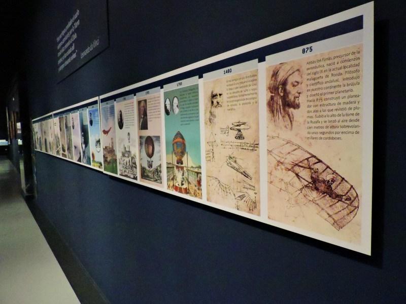Museo del Aire - Cuadro con algunos hechos importantes de la historia de la aviación.