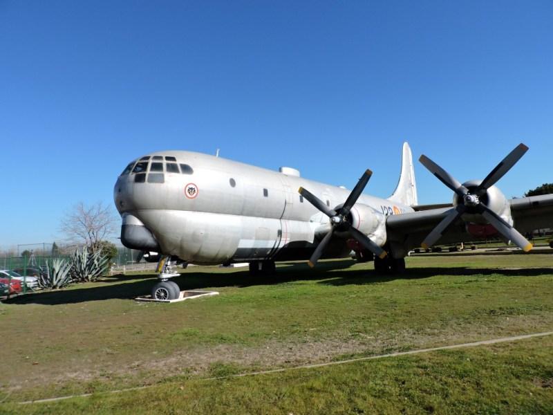 """Museo del Aire - Boeing KC-97L """"Stratotanker"""". Se llegaron a fabricar más de 700 aviones, de los que España compró 3. Estuvo en servicio hasta 1976."""