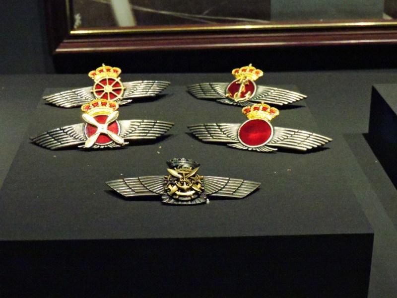 Museo del Aire - Rokiskis, o emblemas del Ejército del Aire.