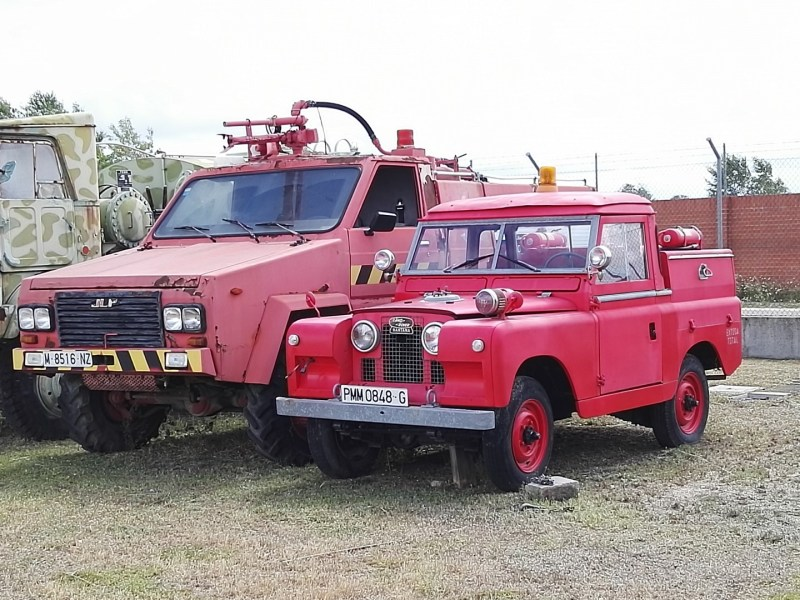 Museo del Aire - Vehículos antiincendios.