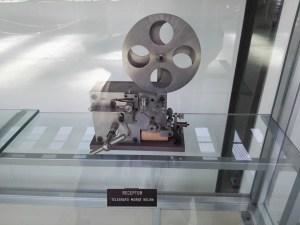 Museo del Aire - Receptor morse, fabricado por la casa Kelvin.