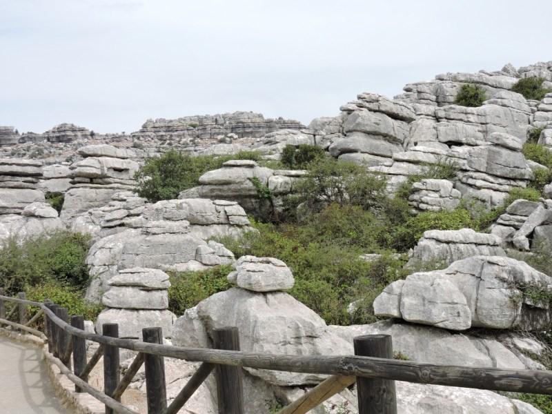El Torcal de Antequera - Cuesta creer que todas estas piedras fueron hace tiempo conchas de animales marinos.