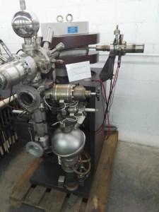 Almacén del MUNCYT - Espectrómetro de masas, hacia 1970, que fue propiedad del Instituto Geológico y Minero.