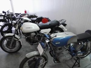 Almacén del MUNCYT - Colección de motocicletas. En primer término una Ducati 24 Horas de 1966.