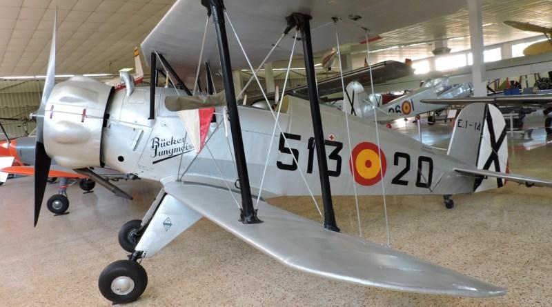 Museo del Aire - Biplano acrobático Bücker Jungmeister.
