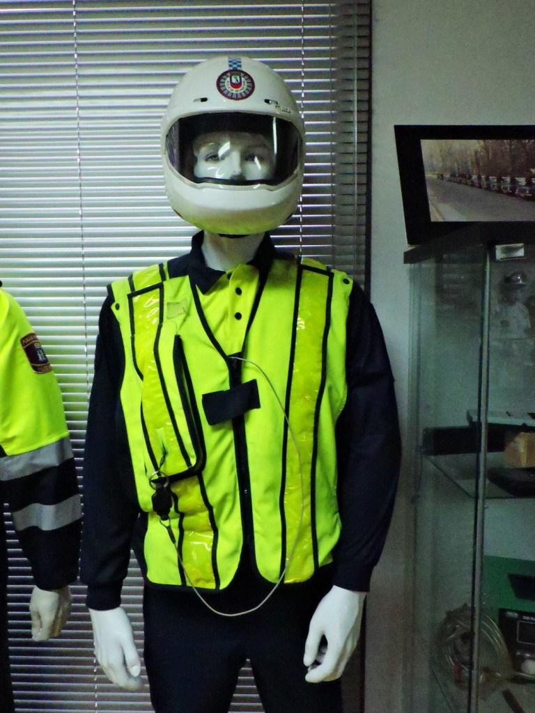 Museo Policía de Madrid - Motorista con chaleco reflector.
