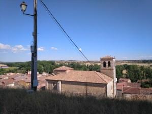 El vuelo de Diego Marín - Vista del pueblo desde la ladera del castillo.