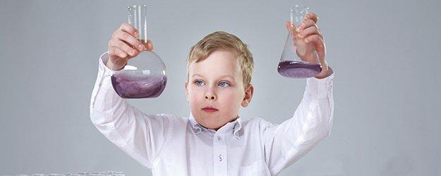 Experimentos con agua para hacer con niños.