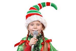 Cantar villancicos en Navidad
