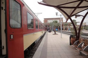 Viajar de comboio / trem em Marrocos