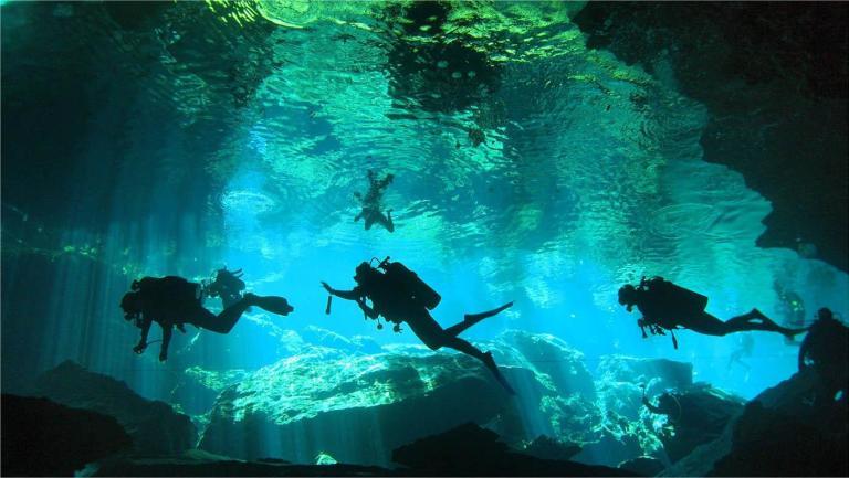 Cenote Chac Mool na Riviera Maya