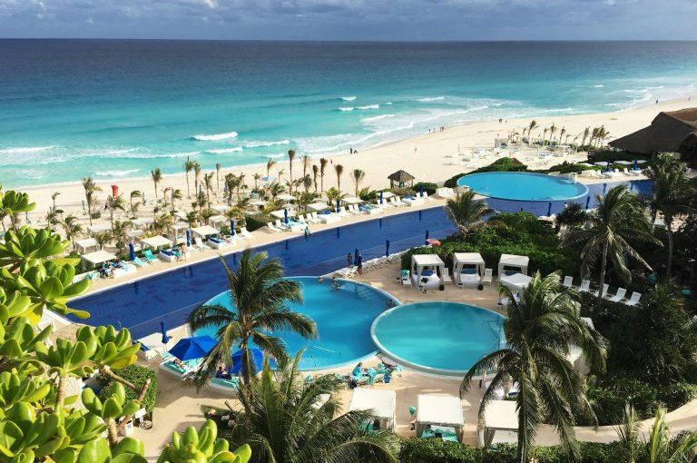 Live Aqua Beach Resort Cancún.