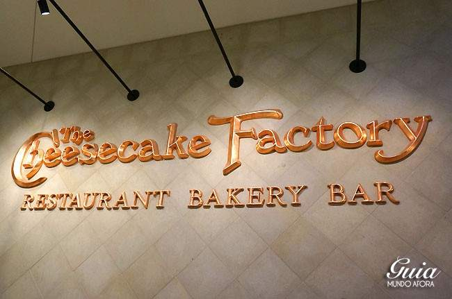 Fachada do Cheesecake Factory