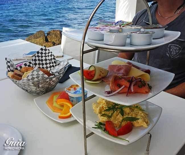 Café da manhã Saint Tropez