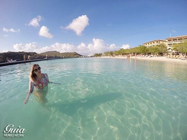 Maiô de manga longa em Curaçao