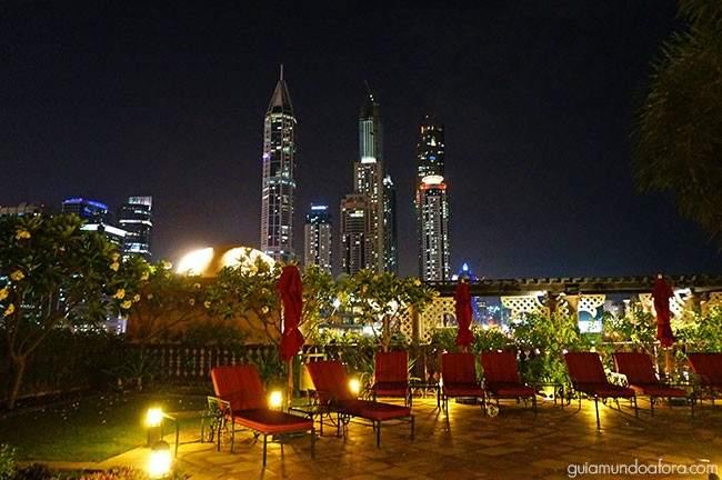 Vista da piscina em Dubai
